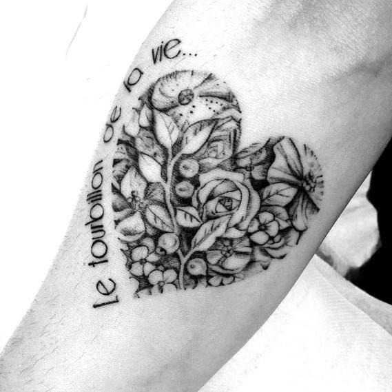 Coeur Fleurs Alchimie Tattoo.jpg