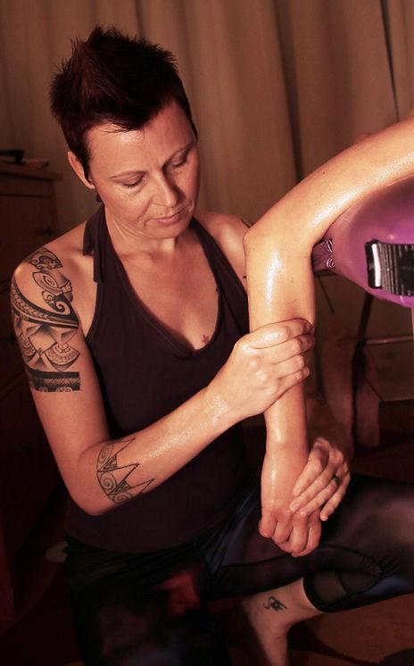 Charlie Snow Lomilomi Massage