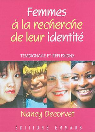 Femmes à la recherche de leur identité