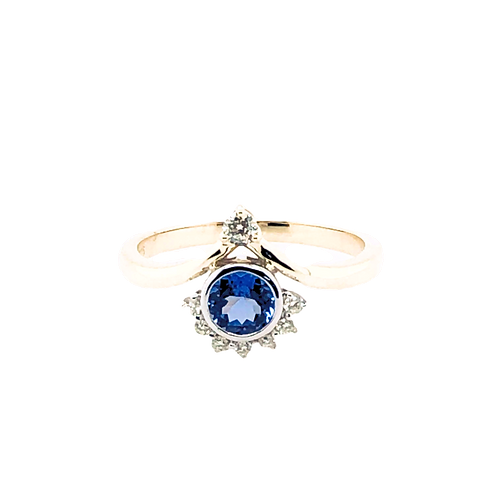 Tanzanite & Diamond Princess Ring