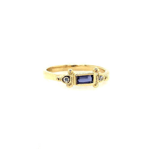 SAGE -Iolite & Sapphire