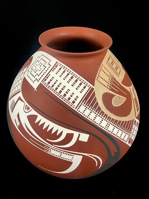 Mata Ortiz Pot by Juan Quezada