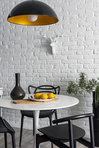 кирпичная белая стена