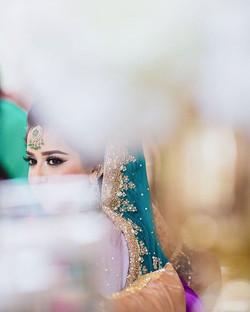 👰_shumidee #irfanandshumaila ✨ MUAH #beautybybu ✨ Info_ beautybybu