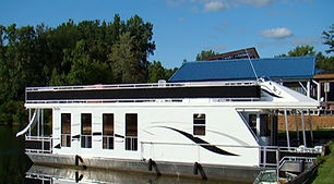 side view of houseboat-001.jpg