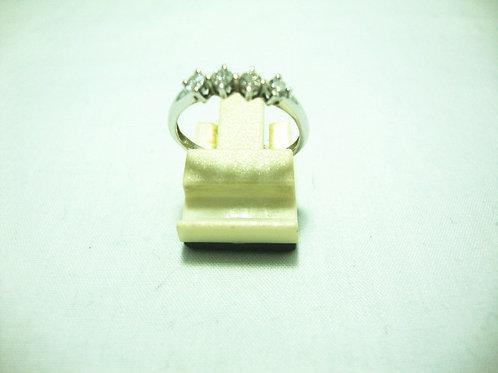 18K WHITE GOLD DIA RING 4/28P