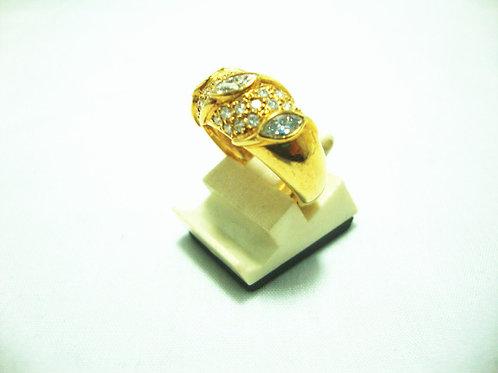18K GOLD DIA RING 68P