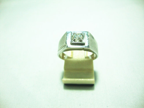 18K WHITE GOLD DIA RING 1/20P