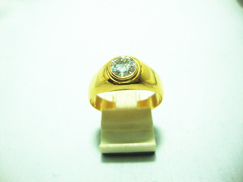 916 GOLD DIA RING 90P
