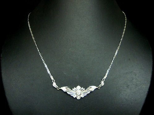 18K WHITE GOLD DIA NECKLACE 1/10P 18/36P