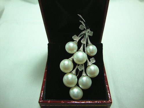 14K WHITE GOLD DIA PEARL BROOCH 11/11P