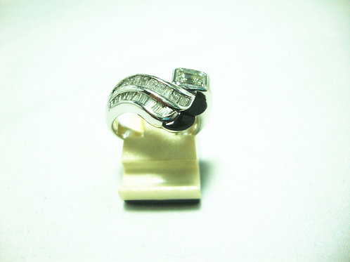 PLATINUM 900 WHITE GOLD DIARING 1/56P 22/59P