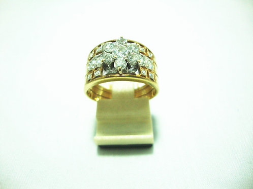 14K GOLD DIA RING 1/20P 10/70P 8/16P
