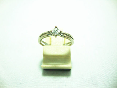 18K WHITE GOLD DIA RING 1/18P