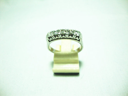 18K WHITE GOLD DIA RING 50P