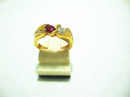 20K GOLD DIA RUBY RING 1/18P 5/10P
