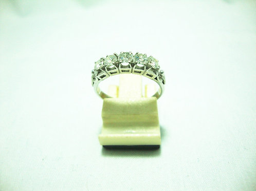 PLATINUM 900 WHITE GOLD DIA RING 60P