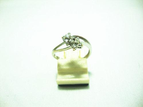 18K WHITE GOLD DIA RING 10/20P