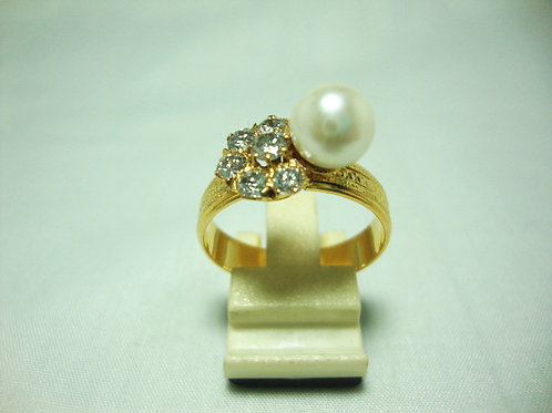 916 GOLD DIA PEARL RING 6/80P