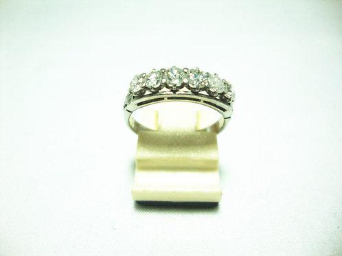 PLATINUM 900 WHITE GOLD DIA RING 70P