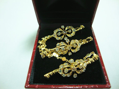 14K GOLD INTAN BROOCH ( 3 )