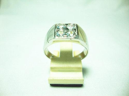 18K WHITE GOLD STONE RING