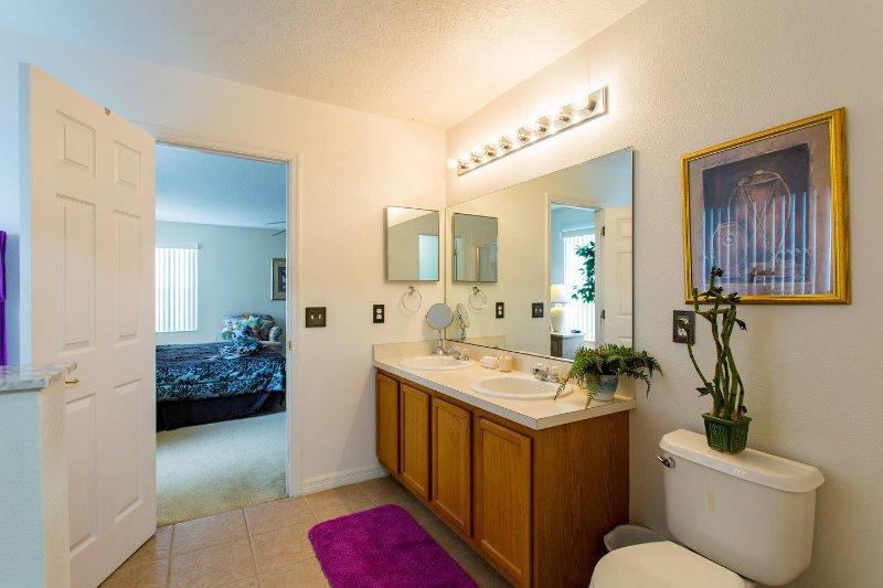 Bedroom 2 Ensuite