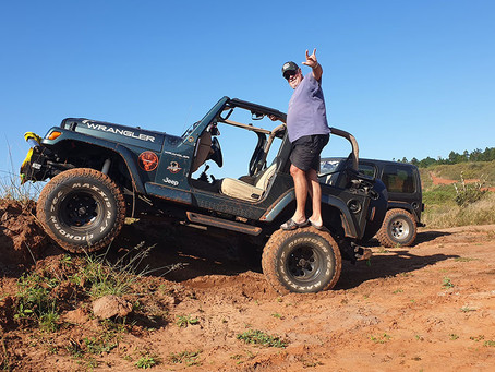 IT'S A JEEP THING. You Wouldn't Understand - Dave Charles