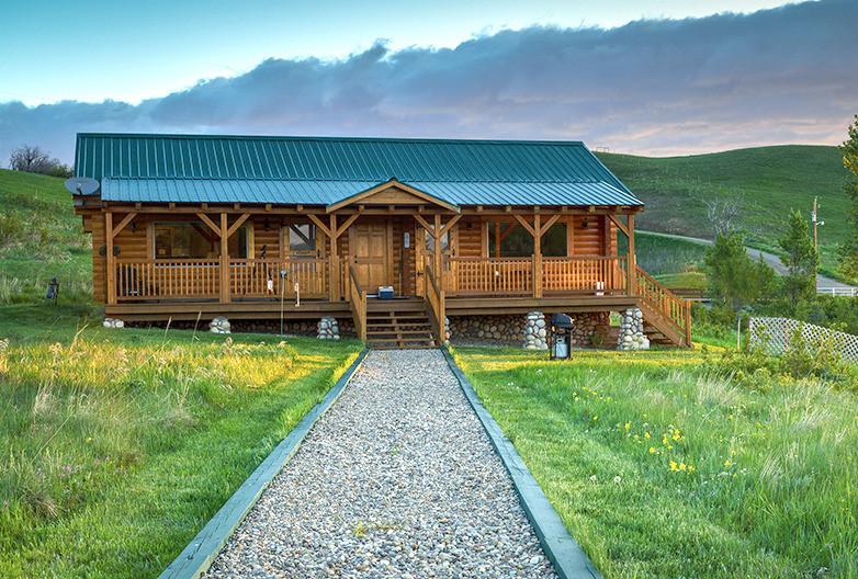Waterton River Suites Guesthouse