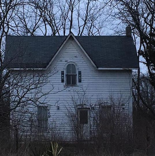 The little house near the Arner, near Harrow, in Essex County. Spring 2018