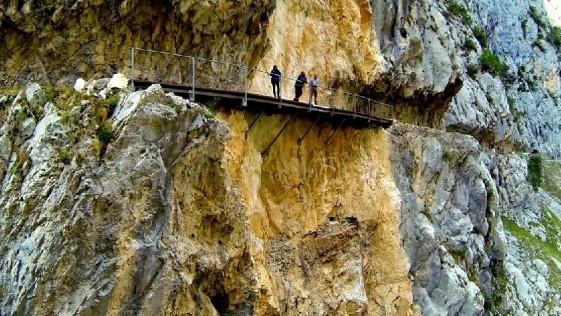 ruta del cares - descensos del sella - Tucanoa.com