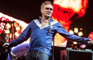 """Morrissey cancela un show porque """"hacía mucho frío"""""""