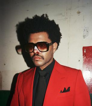 The Weeknd llega al número 1 y lo celebra con tres nuevas canciones.