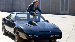 David Hasselhoff subasta su coche fantástico