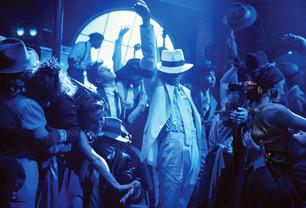 Subastan un sombrero de Michael Jackson a 10 mil dólares.