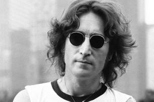 Subastan las gafas de John Lennon