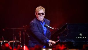 Elton John celebra a lo grande sus 50 años de carrera musical