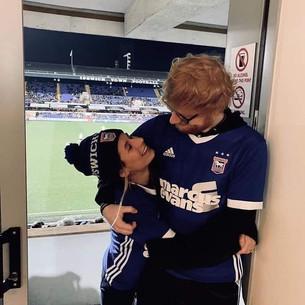 Ed Sheeran confirmó que se convirtió en padre en sus redes sociales
