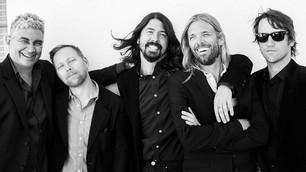 Foo Fighters estrenan canción en Atenas, 'Arrows'