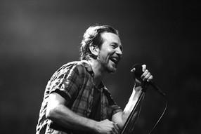 Así suena 'Cartography', la nueva canción instrumental de Eddie Vedder