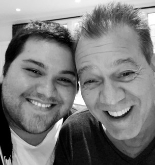 Eddie Van Halen es homenajeado por su hijo en una emotiva canción y vídeo