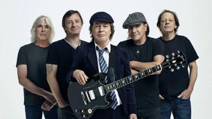 Un día como hoy salía a la venta el vinilo de AC/DC