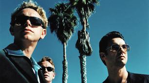 Depeche Mode realizó un emotivo cover de David Bowie