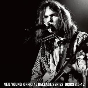 Neil Young con nueva caja de vinilos