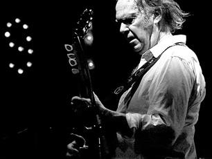 Neil Young tiene nueva canción, 'Children of Destiny'