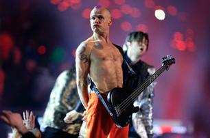 Flea, de los Red Hot Chili Peppers, publica sus memorias