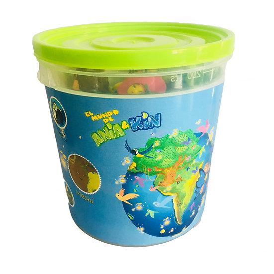 """Kit de muñecos coleccionables """"El mundo de Ania y Kin"""""""