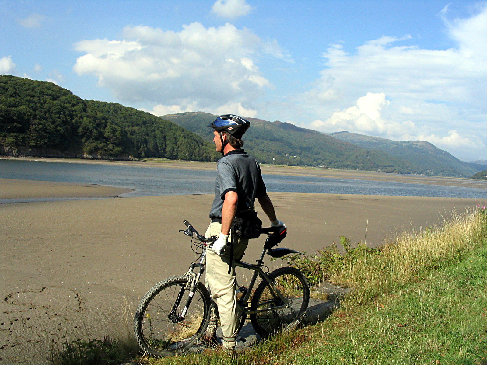 Biker on Mawddach-3
