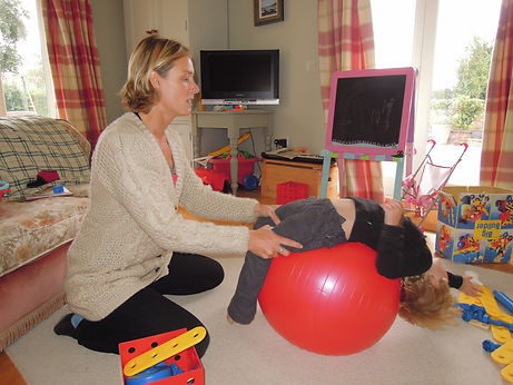 Private kids physiotherapy Bristol, Bath and Cardiff. Physiotherapy for kids