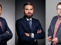 """Revolut zbroi się w ekspertów. Do zespołu """"credit team"""" dołącza trzech Polaków"""